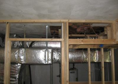 095-garage-utility-closet