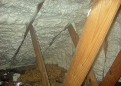 015-attic-after-foam-01